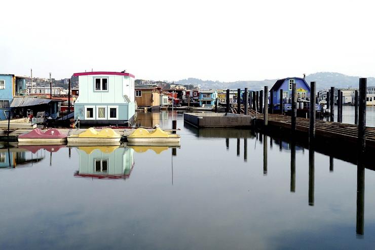Spotlight on Floating Homes