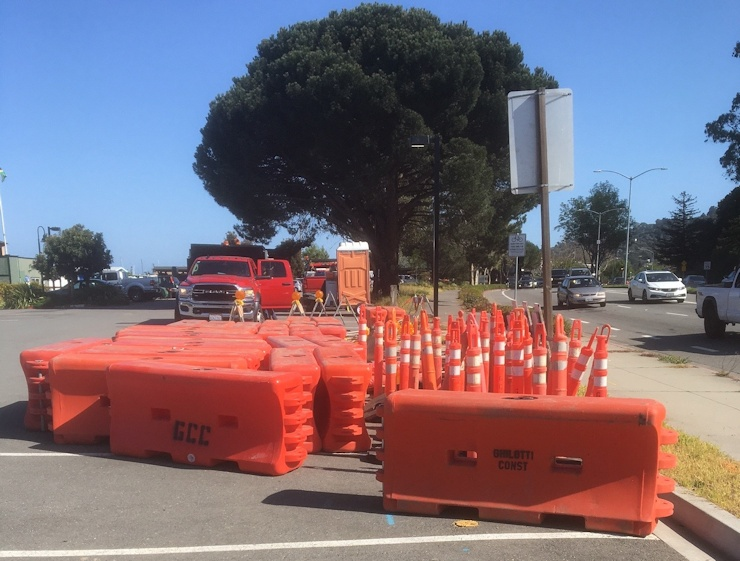 Intersection Work Stalls Again