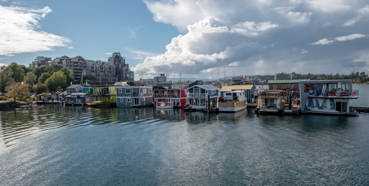Seattle Floating Homes Tour Draws 850